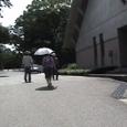 松本清張記念館前