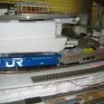 葛野図車:サロ124図書館列車とEF65電機機関車