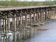 流れ橋近景