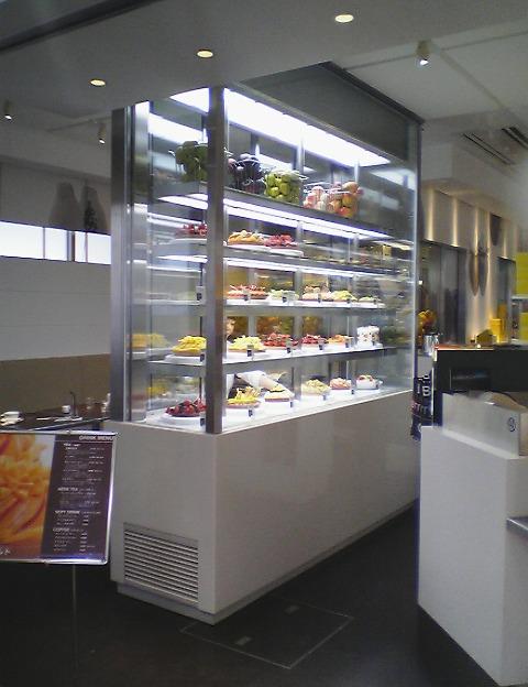 フルーツタルト・冷蔵ショーケース