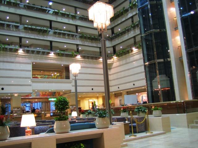 京都ブライトンホテル・ロビー