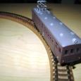 06:カーブ上の電車